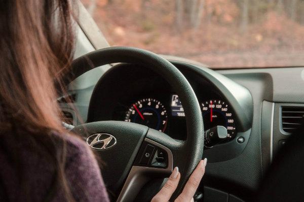 Quelle est l'assurance la moins chère pour les jeunes conducteurs ?